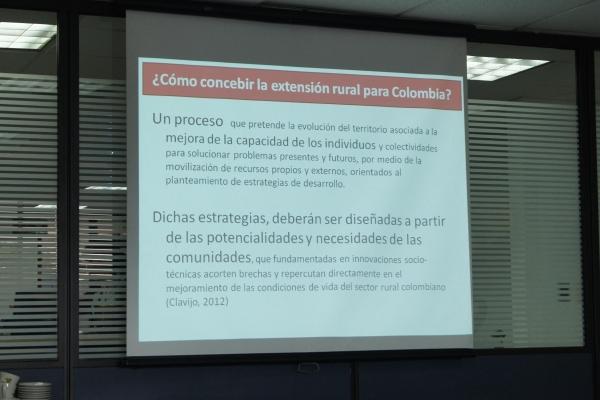 tallercolombiaampliado-38-of-73AB001B61-3E24-F637-E0FA-8F0D2F9940EA.jpg