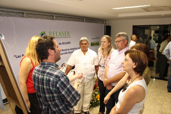 brasilia-2013-113-of-1771A1C0094-CE08-B658-1A3B-A09AA6ACCECD.jpg