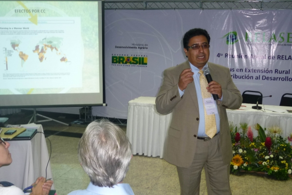 brasilia-2013-140-of-177DBBA79AB-C5A4-2C73-9C7F-24D7672E7F70.jpg