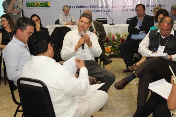 brasilia-2013-46-of-177BBEB7F05-ECB4-785B-D9BC-1248F6D16FEE.jpg