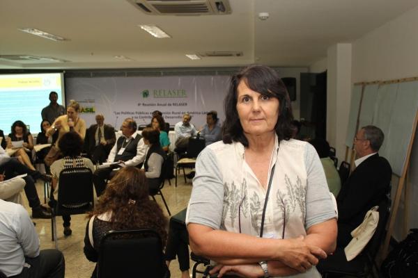 brasilia-2013-49-of-177F01DE4F5-46D5-0A81-22B5-4E7BCC5D2D79.jpg