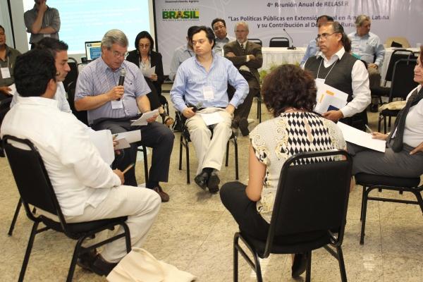 brasilia-2013-53-of-177F56BD657-7253-F84E-5E62-C9B5EAF01251.jpg